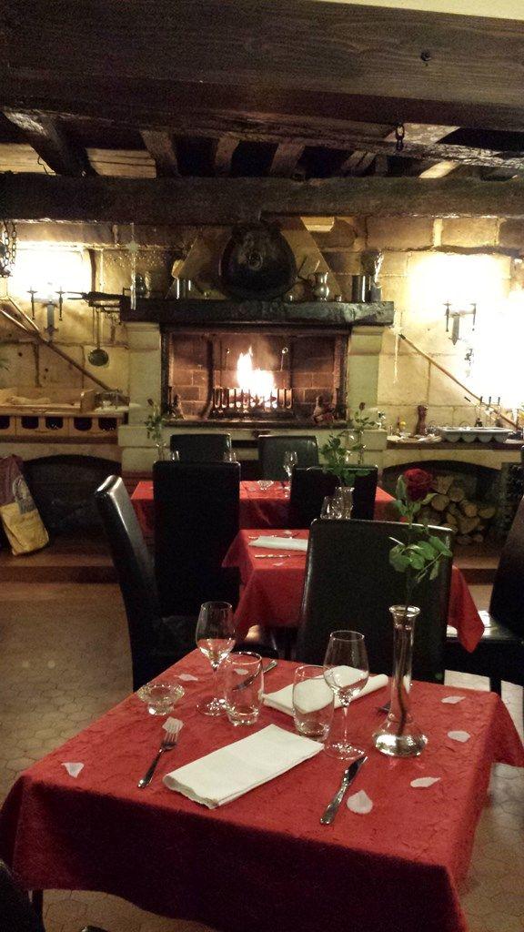 Restaurant le grill de la tour lorraine tourisme - Buffalo grill accepte les cheques vacances ...