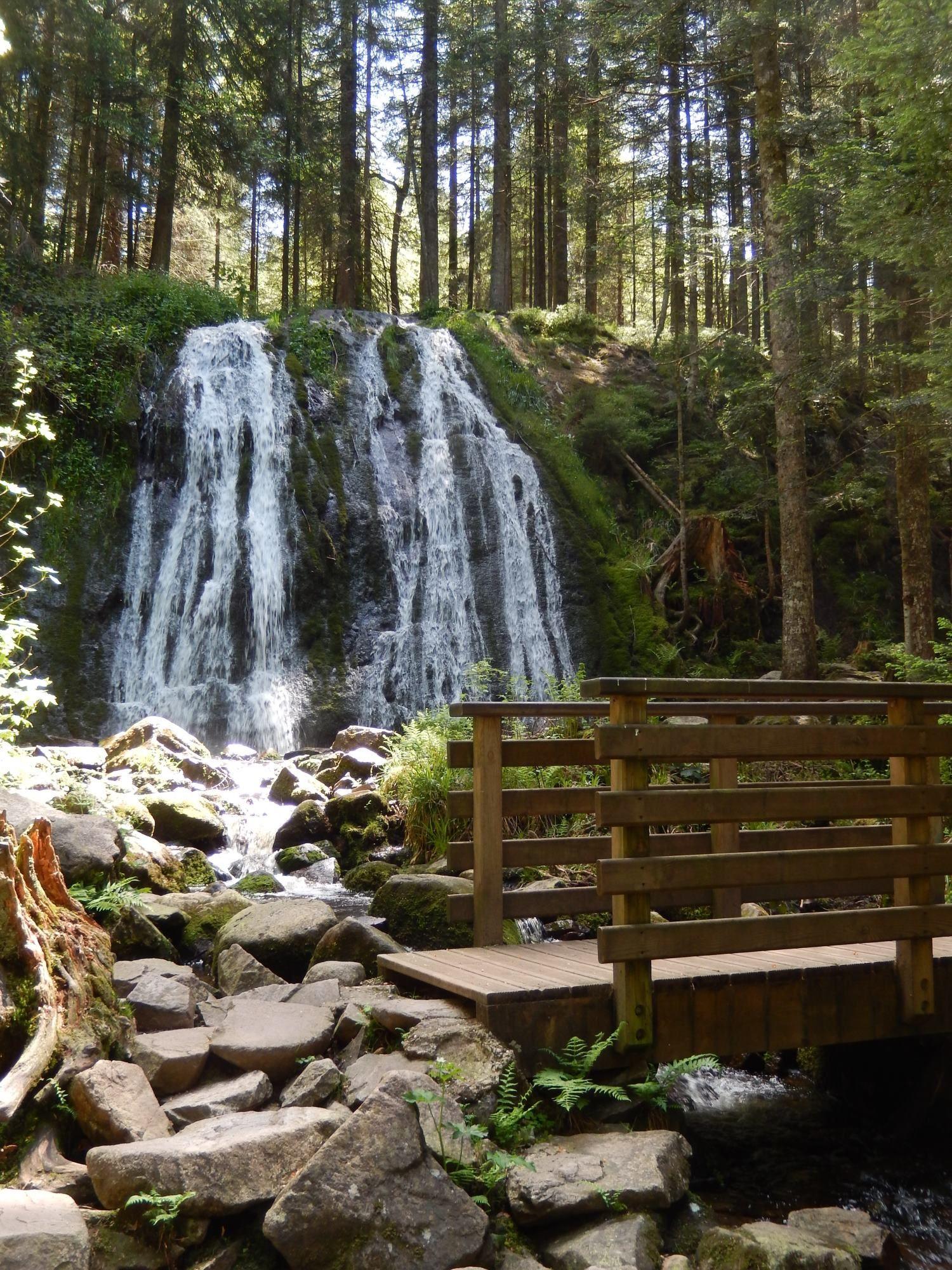 Comment Fabriquer Un Petit Pont En Bois cascade de la pissoire - lorraine tourisme