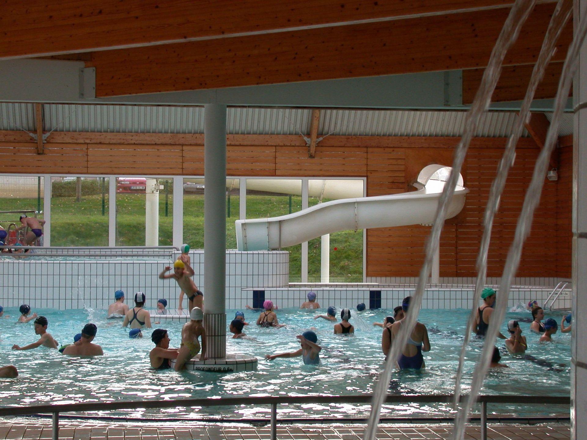La piscine olympique lorraine tourisme - Piscine olympique quetigny ...