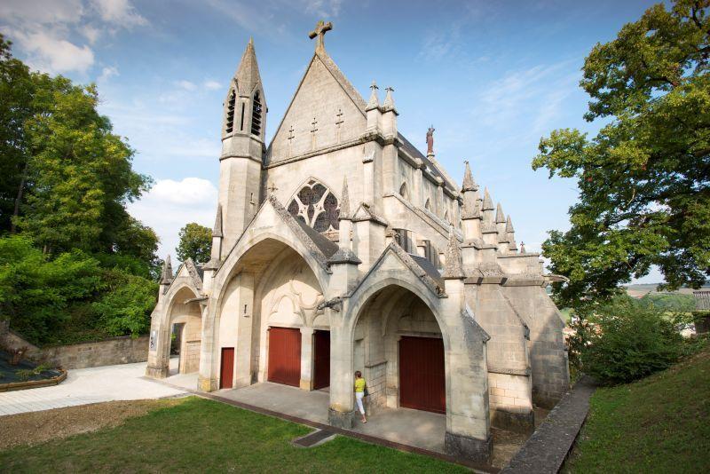 Porte de france et chapelle castrale lorraine tourisme - Bowling porte de la chapelle tarif ...