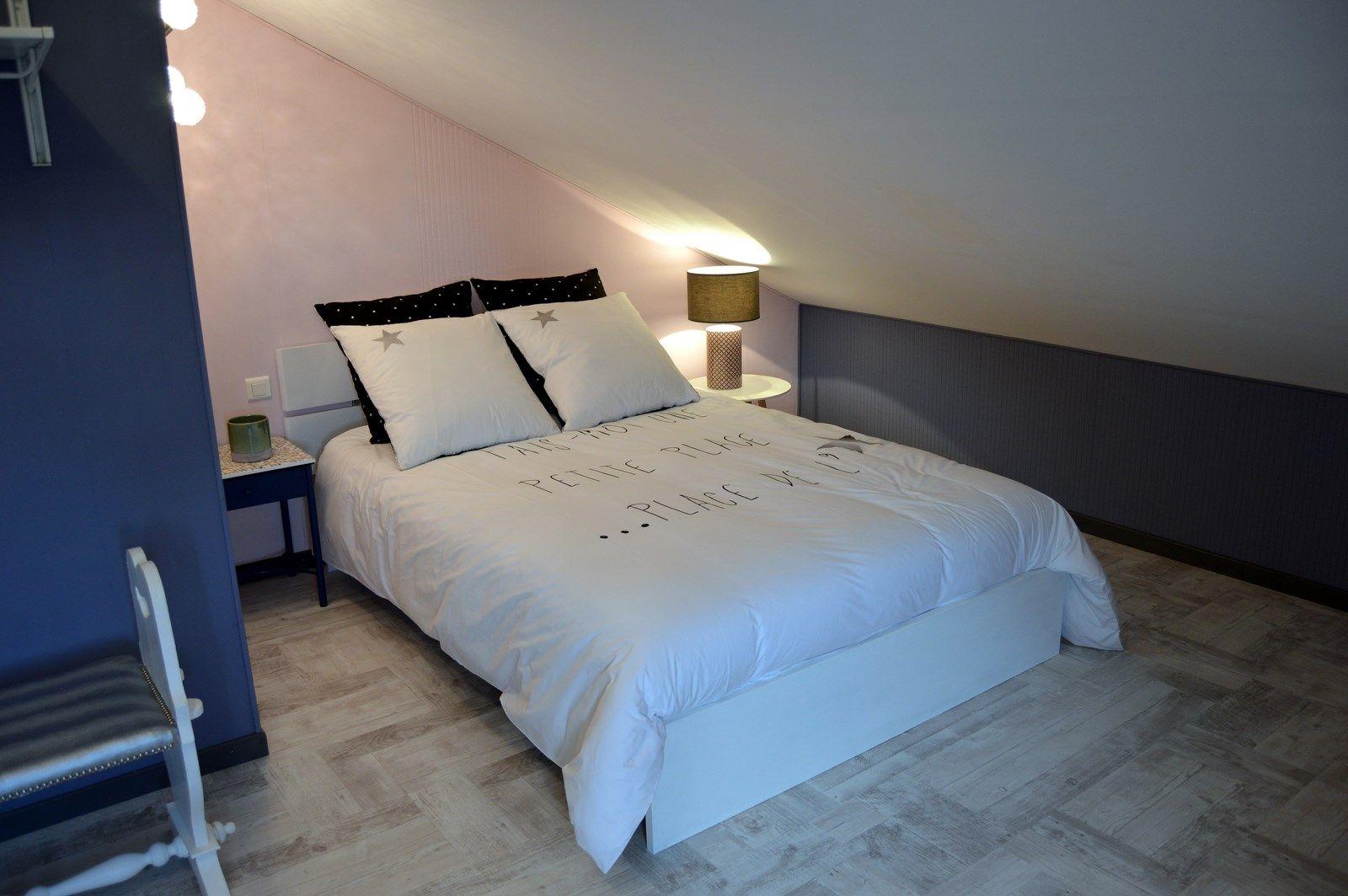 81b6a858fa3 Suite familiale à l étage comprenant une chambre avec 1 lit de 140x200