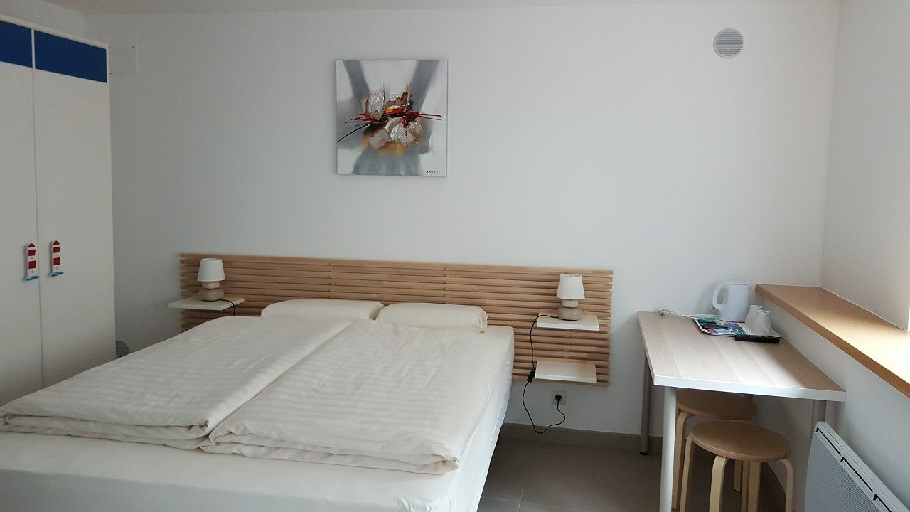 chambres meublees la maisonnette lorraine tourisme. Black Bedroom Furniture Sets. Home Design Ideas