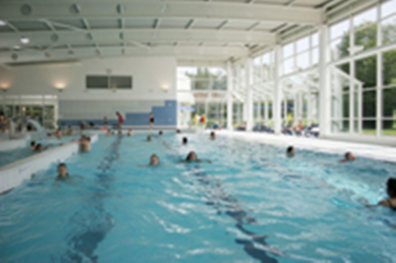 Centre aquatique sarrebourg lorraine tourisme for Piscine center parc sarrebourg