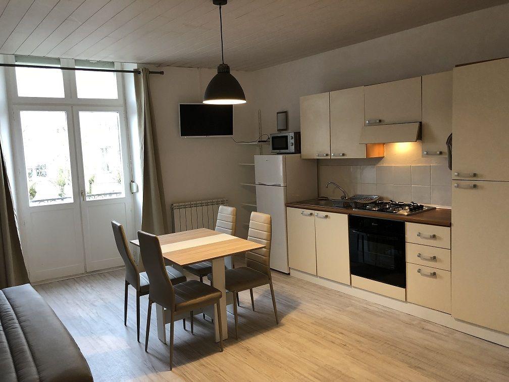 meuble ribereau 2 lorraine tourisme. Black Bedroom Furniture Sets. Home Design Ideas