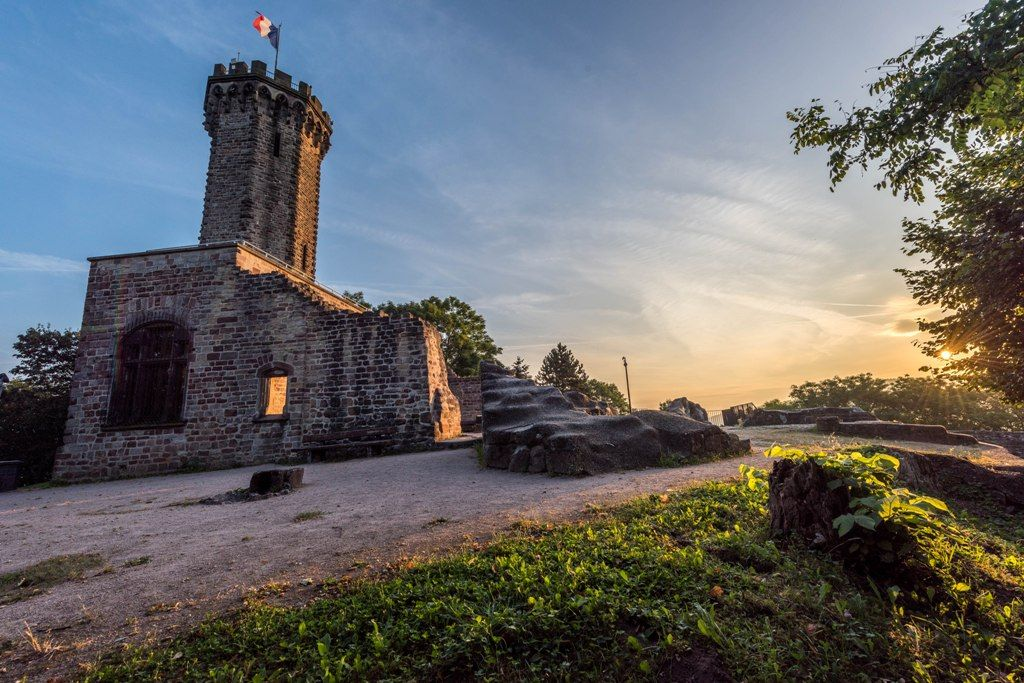 Chateau du schlossberg lorraine tourisme - Office du tourisme moselle ...