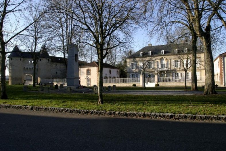 Chambre d 39 hotes chateau mesny lorraine tourisme - Chambres d hotes chateau ...